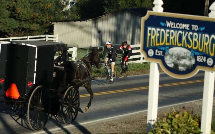 Riders leaving Frebericksburg.