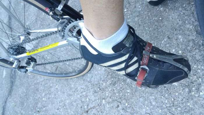 JOM's Mavic SSC pedals, Binda straps and Adidas Eddy Merckx shoes.