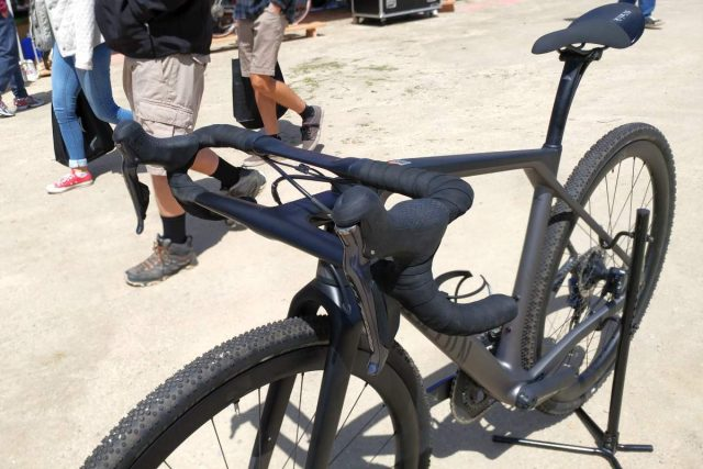 canyon grail gravel bike review and video